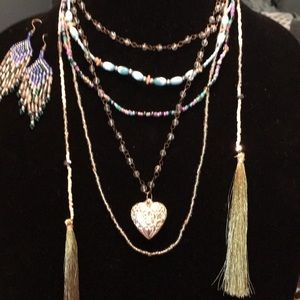 Jewelry - Seed bead necklaces